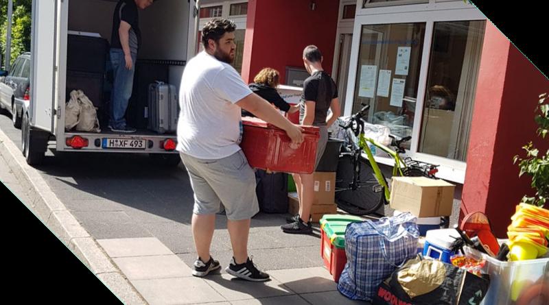 Anhänger beladen Zeltlager Adlerhorst 2019